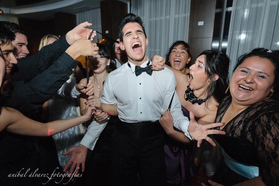 foto de la boda de estefy y denis en el hotel rayentray de puerto madryn por anibal alvarez fotografo